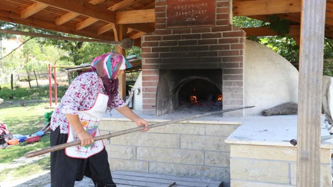 Büyükşehir kent genelinde 505 fırın inşa etti