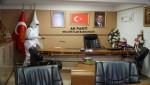 Gölcük Belediyesi'nden siyasi parti binalarına dezenfekte